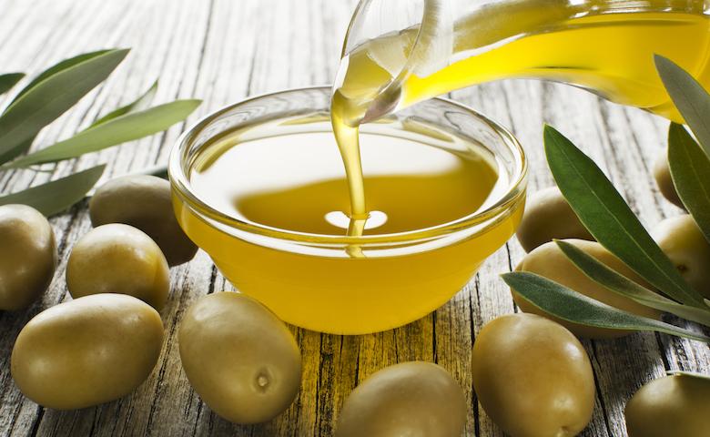 Risultato immagini per olio di oliva